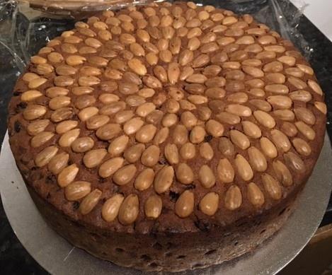 Maryanne-Dundee-Cake